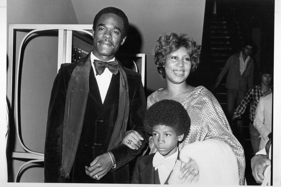 Aretha Franklin avec son mari Glynn Turman et leur fils Kelf, en 1978 à Los Angeles.