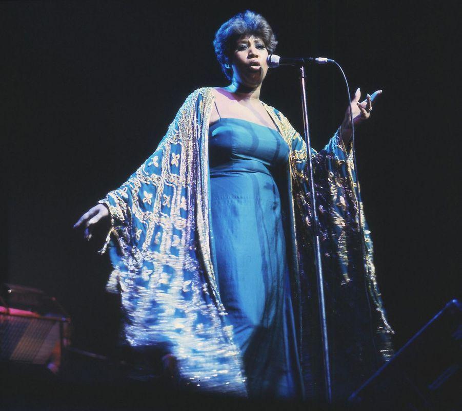 Aretha Franklin sur scène, en 1980.