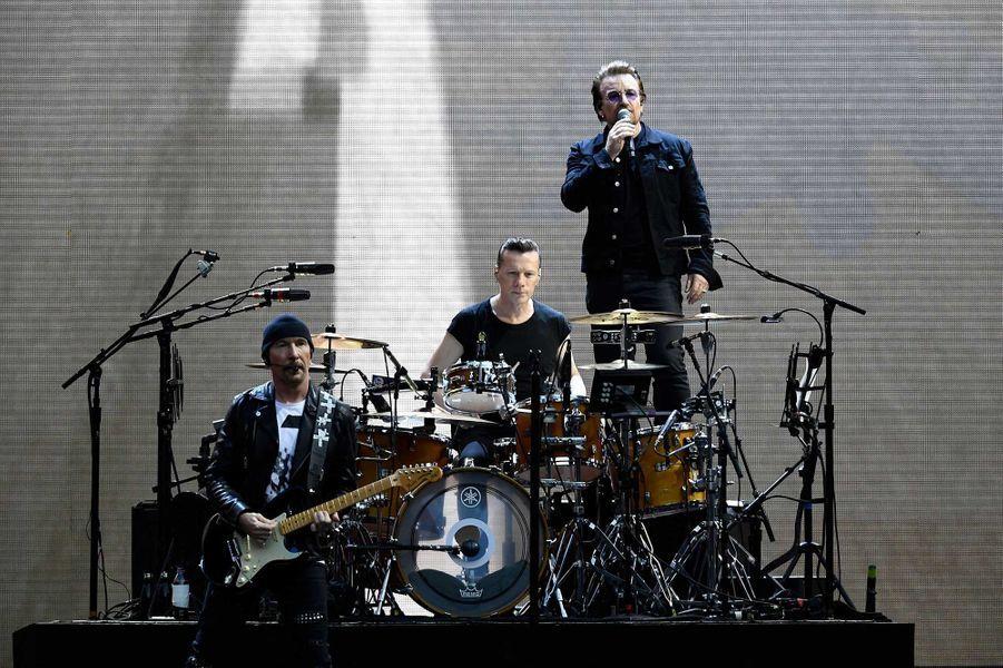 4- U2, 675 millions de dollars