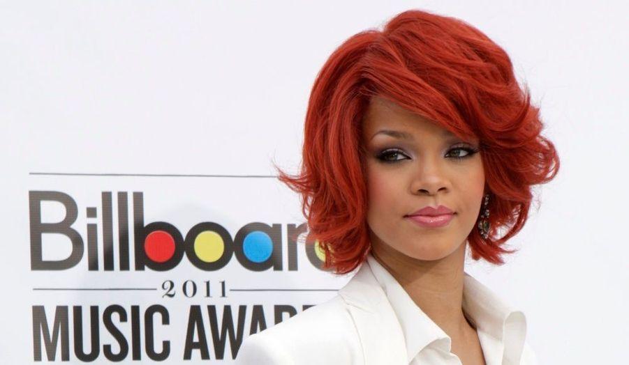 Meilleure artiste féminine et Artiste radio de l'année.