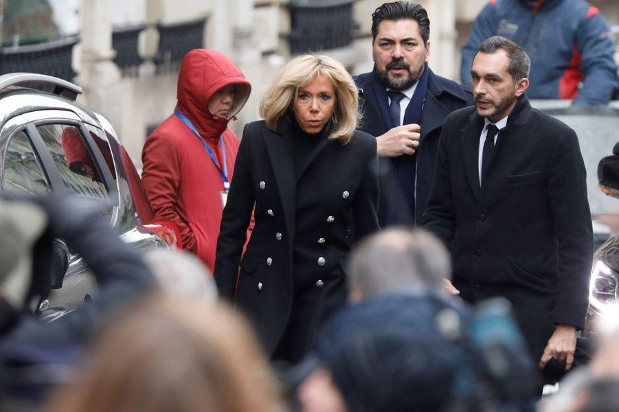 Brigitte Macron aux obsèques de Michel Legrand, vendredi à Paris.