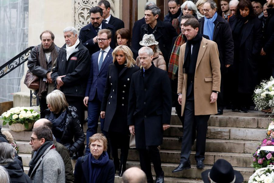 Brigitte Macron et Franck Riesteraux obsèques de Michel Legrand, vendredi à Paris.