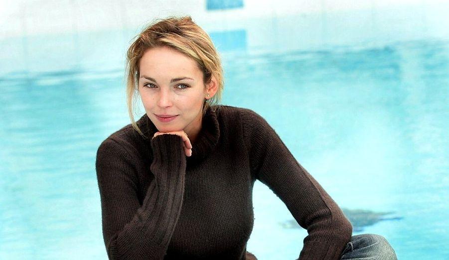 """Actrice principalement visible sur le petit écran (""""Zodiaque"""", """"Eternelle"""") Claire Keim s'est fait remarquer dans la chanson dès 2001 avec son duo avec Marc Lavoine, """"Je ne veux qu'elle"""". Son album """"Où il pleuvra"""" est sorti le 10 janvier 2011."""