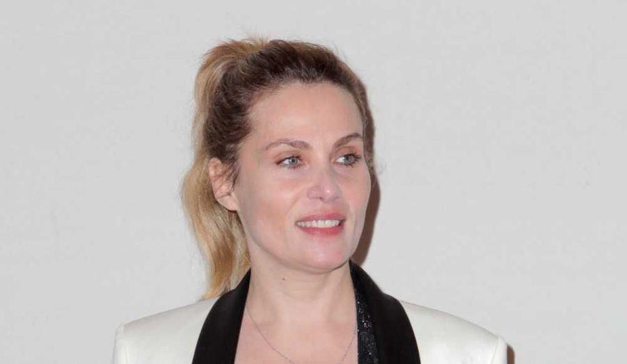 """L'épouse de Roman Polanski, qui a joué de nombre de ses films, a sorti son deuxième album, """"Dingue"""", en 2010, après """"Don't Kiss Me Goodbye"""" en 2005."""