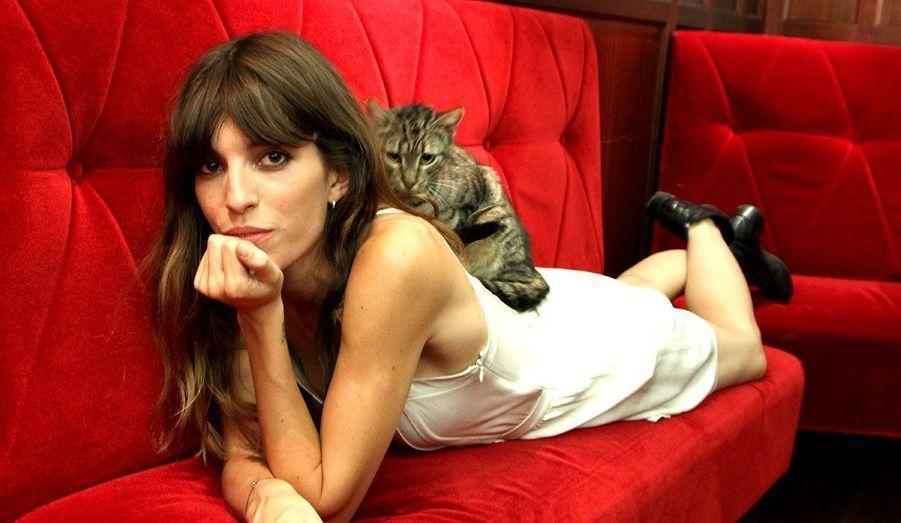 Lou Doillon entame une carrière de chanteuse avec un premier album, «Places», sorti cette semaine. L'occasion de revenir en images sur ces actrices françaises qui se sont lancées dans la chanson.