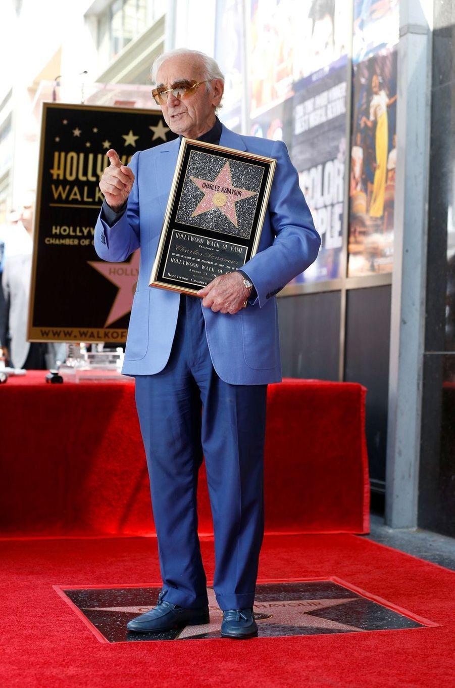 Charles Aznavour a reçu son étoile sur le Walk of Fame d'Hollywood, le 24 août 2017.