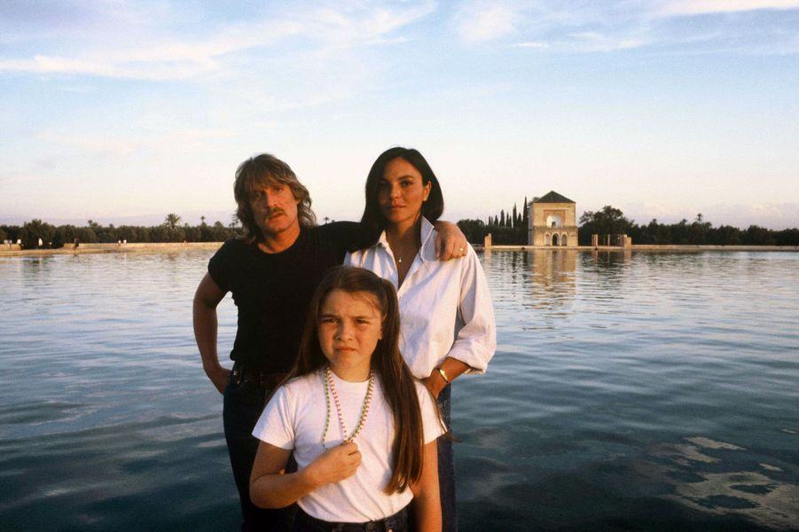 Avril 1980, à Marrakech, toujours : Christophe avec Véronique et leur fille Lucie.