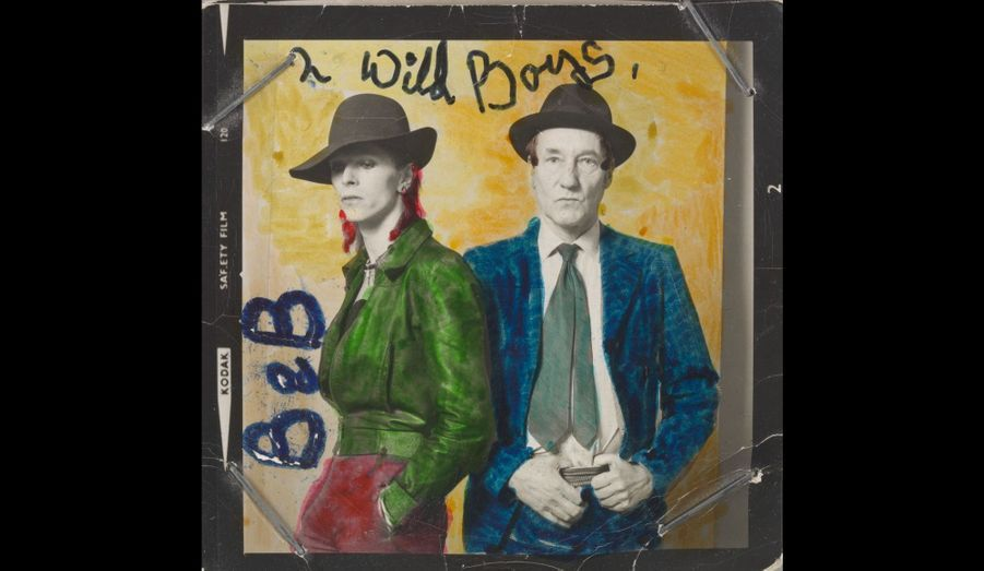 David Bowie et le romancier américain William Burroughs en 1974. Le coloriage est de Bowie.
