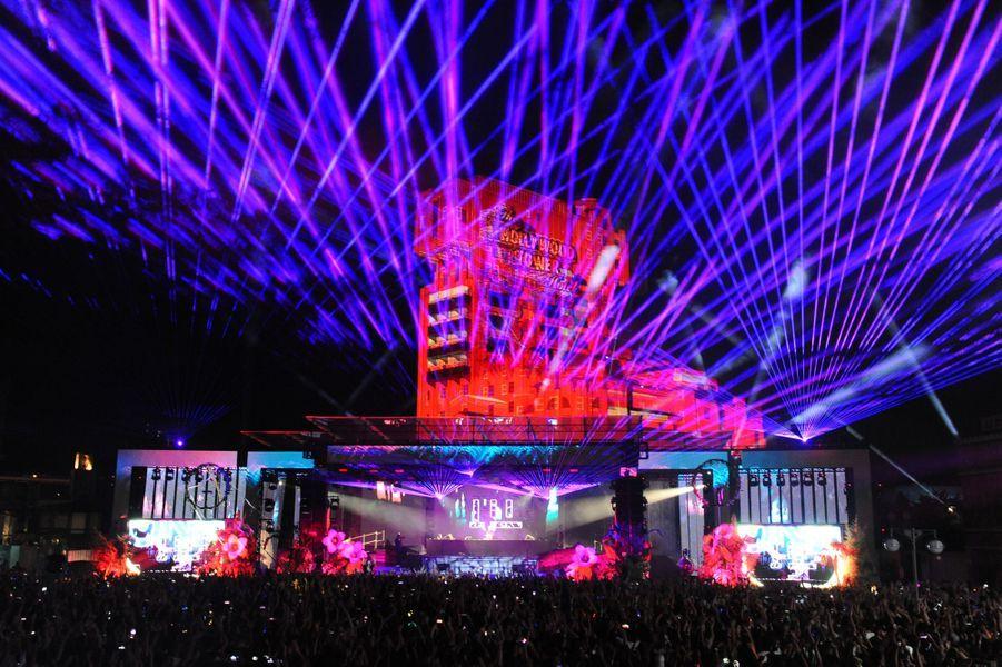 La troisième édition du Festival Electroland a lieu du 5 au 7 juillet 2019 à Disneyland Paris. Ici lors de la première soirée.