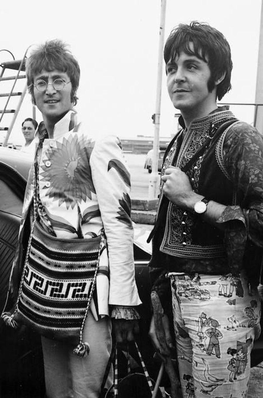 John Lennon et Paul McCartney en 1967