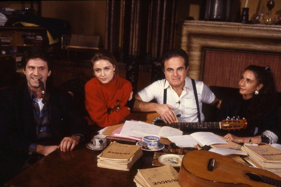 Guy Béart en famille, à sa gauche Emmanuelle Béart