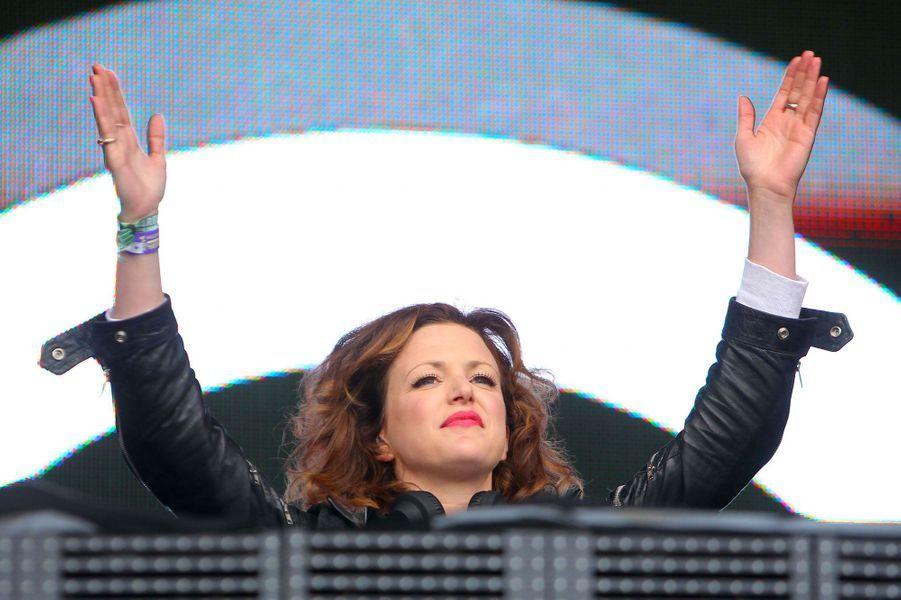 Née à Dublin en 1978, elle est l'une des rares femmes à avoir su s'imposer dans le monde de l'électro, notamment grâce à son émission de radio sur BBC Radio 1, consacré à la dance music.