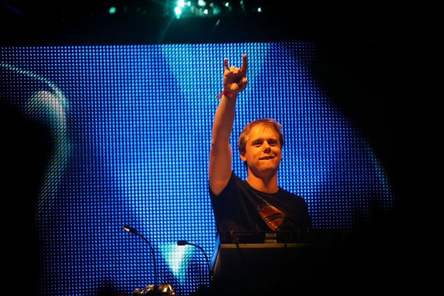 Le Hollandais de 37 ans a été élu cinq fois meilleur DJ du monde, notamment grâce à son style de référence la Trance uplifting. Il a également sa propre émission de radio, «A State of Trance» et participe à de nombreuses campagnes de pub, notamment pour la marque de bières Heineken.