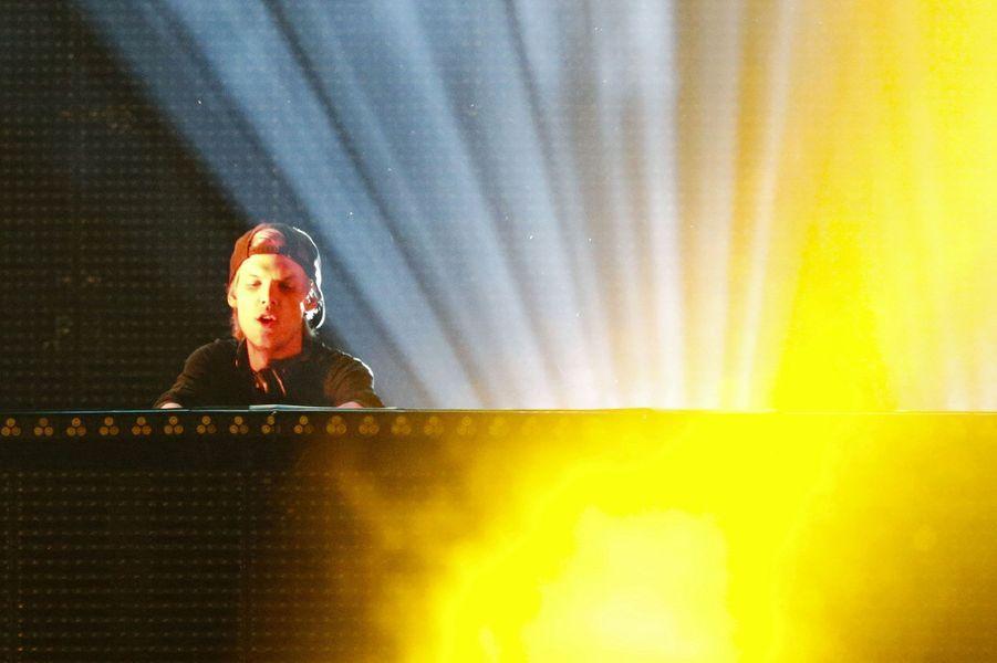 Le Suédois de son vrai nomTim Bergling a seulement 24 ans mais est déjà l'un des DJ les plus puissants du monde. En 2013, son tube «Wake Me Up» se classe numéro un du top 50 dans plus de 30 pays.