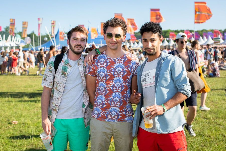 George, Thomas et Alfonso, 25, 26 et 31 ans. Des amis venus de Paris, Clermont Ferrand et la côte sur Loire passer « un week-end entre potes ».