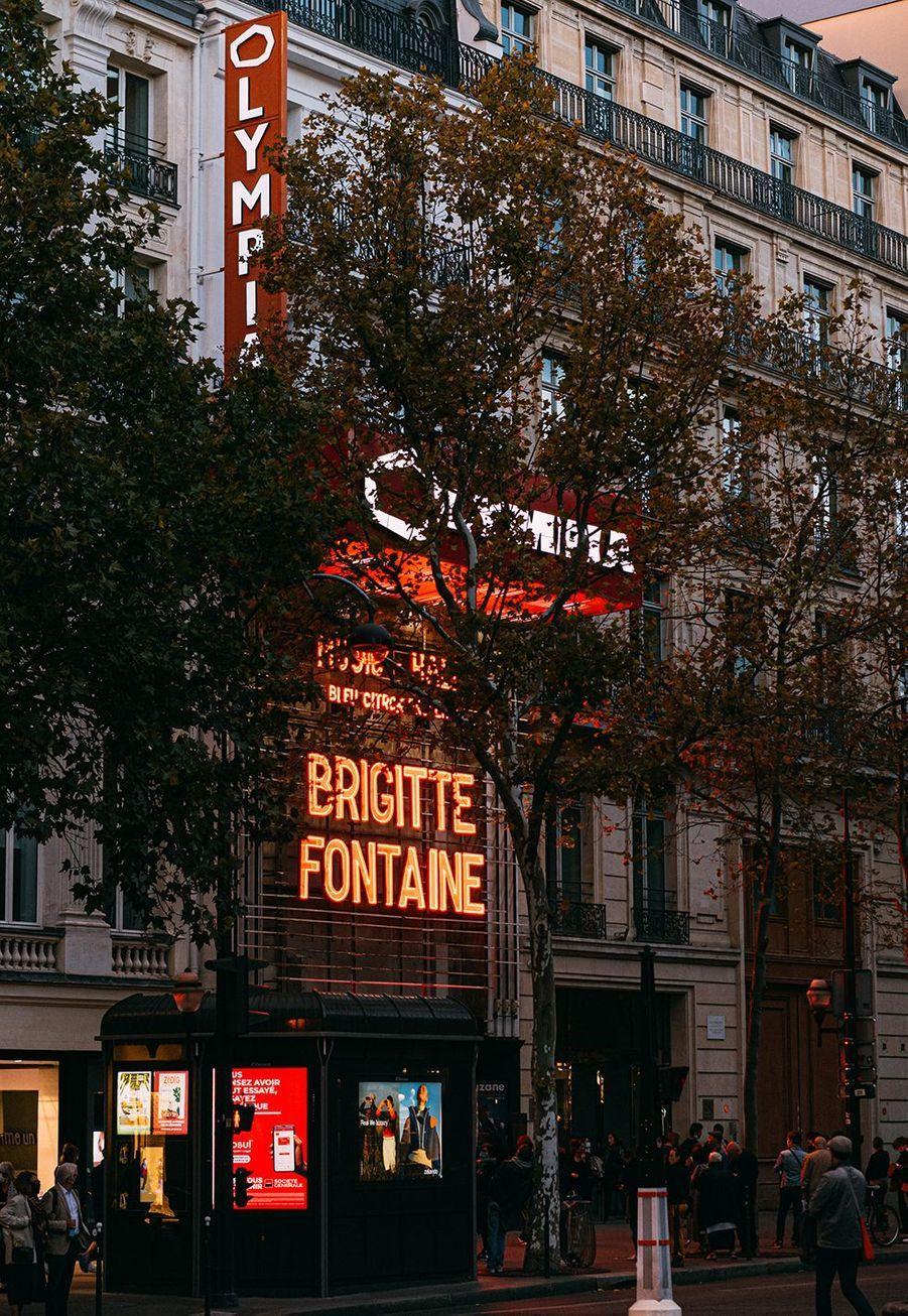 Après 200 jours de fermeture à cause de la pandémie du nouveau coronavirus, L'Olympia de Paris a rouvert ses portes dimanche à Brigitte Fontaine.
