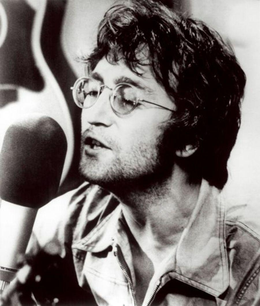 Avec Paul McCartney, ils sont les premiers artisans des chef d'oeuvre des Beatles.