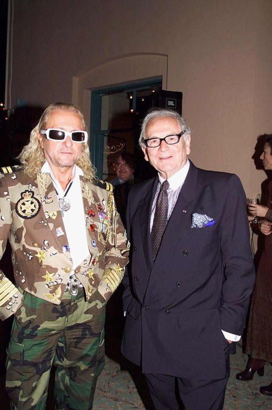 Avec Pierre Cardin en 1998