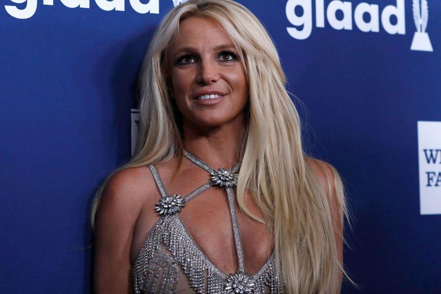 10- Britney Spears (30 millions de dollars)