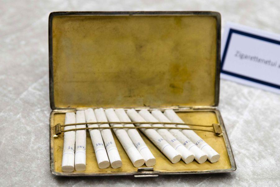 Etui à cigarettes ayant appartenu à John Lennon