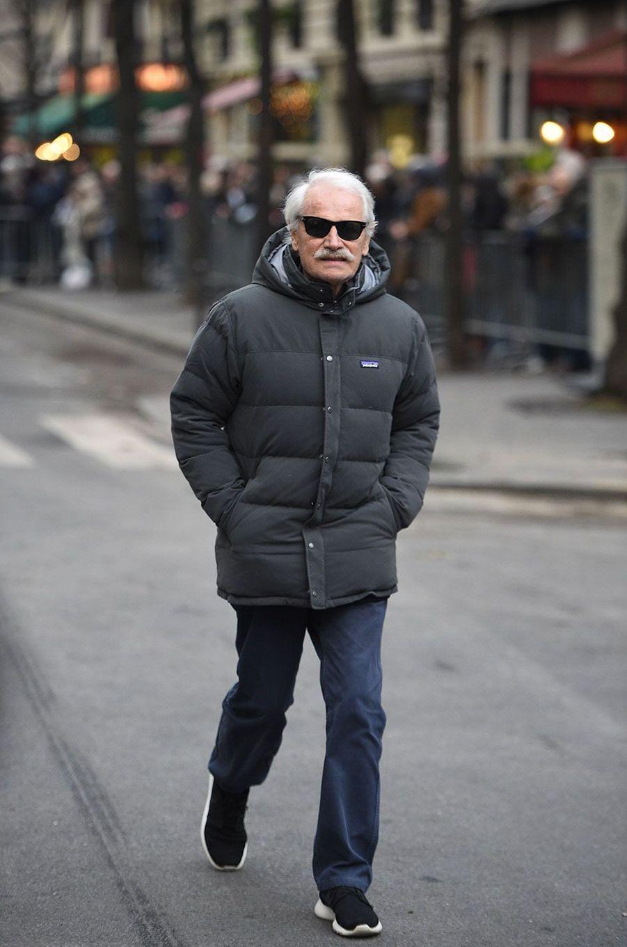 Yann Arthus-Bertrand arrivant aux obsèques de France Gall à Paris, le 12 janvier 2018.