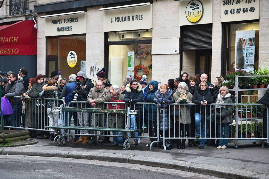 Les fans aux obsèques de France Gall à Paris, le 12 janvier 2018.