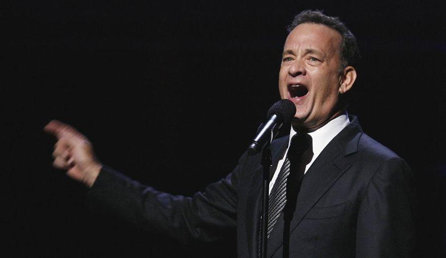 Le comédien Tom Hanks a assuré le show entre deux morceaux.