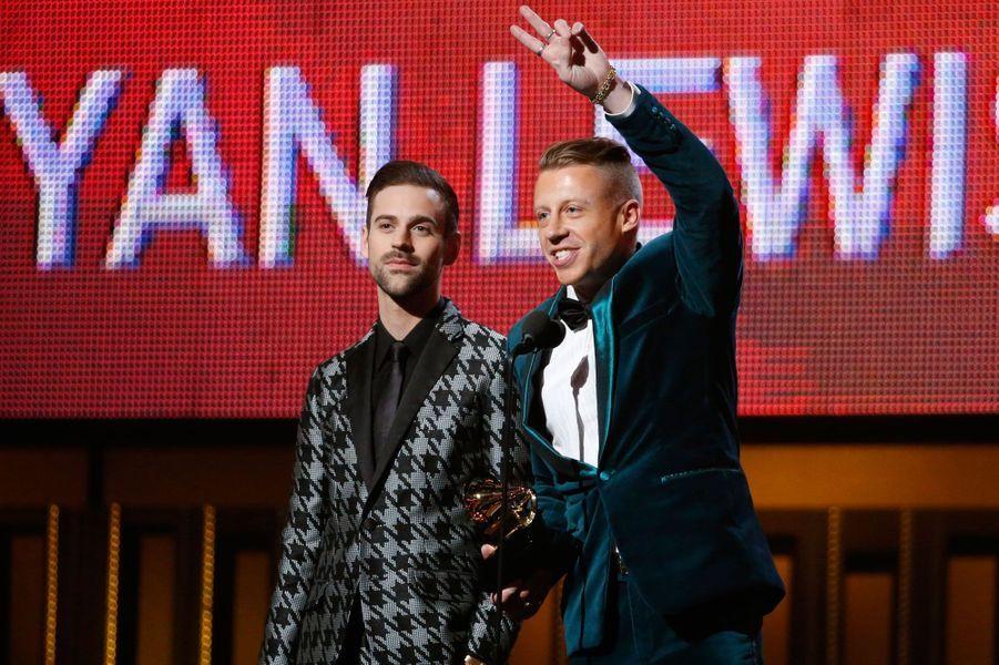 4- Macklemore & Ryan Lewis 32 millions de dollars