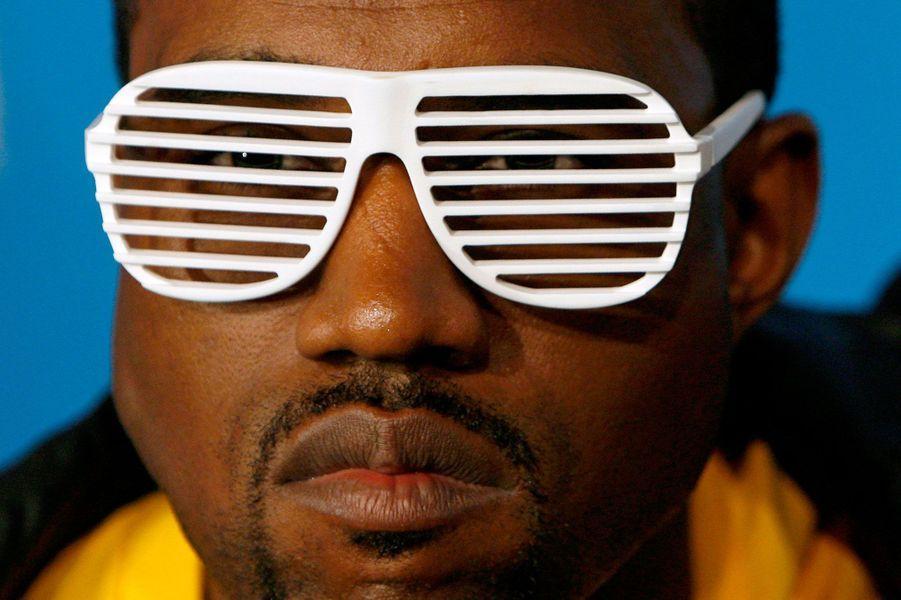 5- Kanye West 30 millions de dollars
