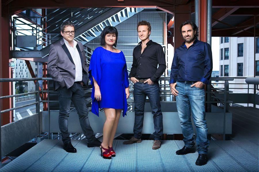Maurane avec ses compères du jury de «Nouvelle star» en août 2013 :Olivier Bas, Matthieu Sinclair et André Manoukian.