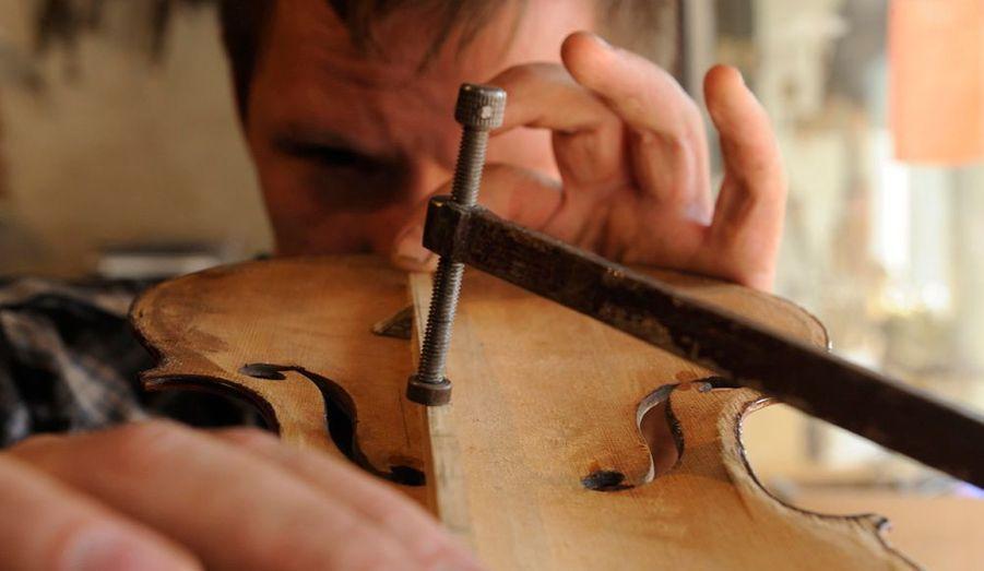 Naissance d'un violon