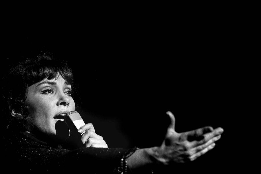 Rika Zaraï en concert auMarcadet Palace en 1970.
