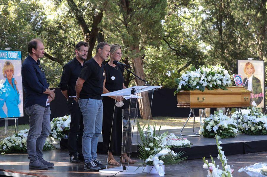 Bruno Counard, Vincent Counard, Alain Leempoel et Virginie Hocqà la cérémonie en hommage à Annie Cordy à Cannes, le 12 septembre 2020.