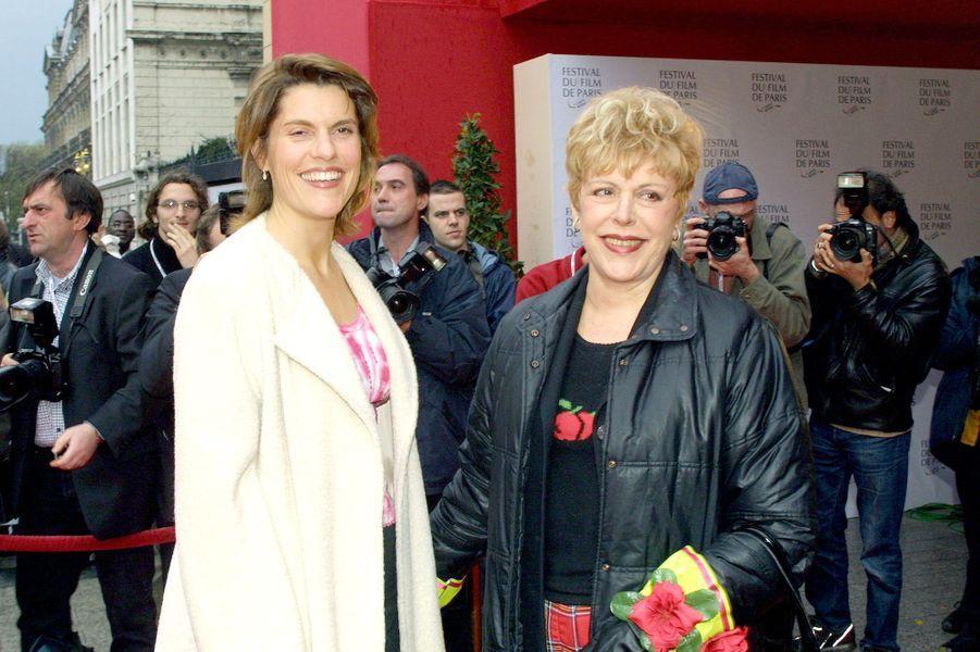 Sylvie Joly et sa fille Mathilde au Festival du Film de Paris en mars 2001