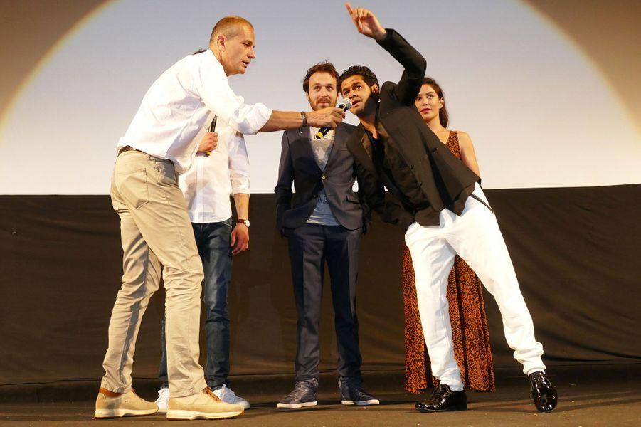 Jamel avec Paul Lefèvre, Antoine Gouy et Fanny Valette et le journaliste Laurent Weil
