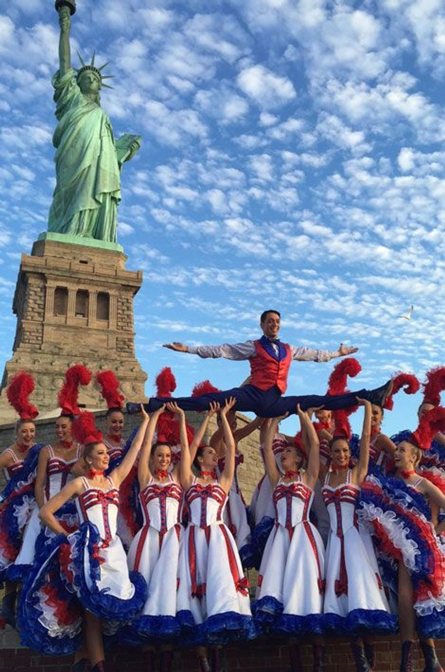 Les danseuses du Moulin Rouge, stars à New York