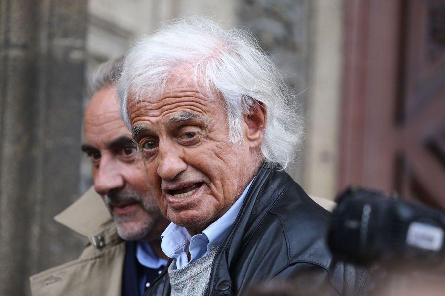 Jean-Paul Belmondo et Antoine Duléry aux obsèques de Jean Piat, le vendredi 21 septembre 2018.