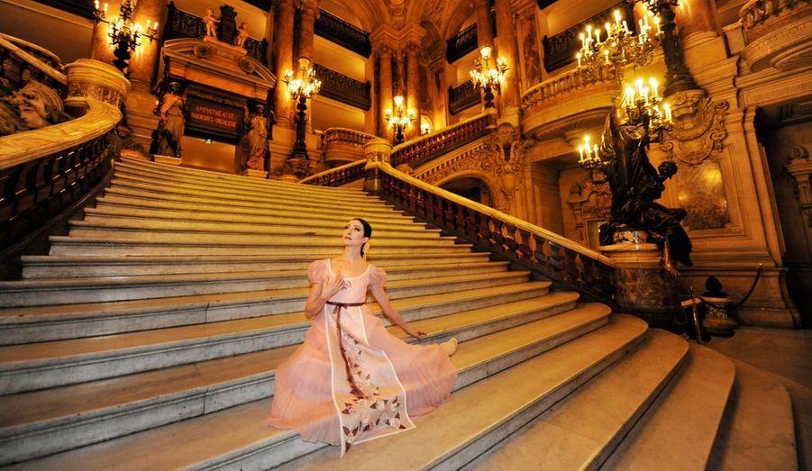 Entrée dans le corps de ballet à 18 ans, elle a longtemps attendu la consécration, venue il y a deux ans avec Tatjana dans « Onéguine ». « S'il fallait le refaire, je recommencerais. »