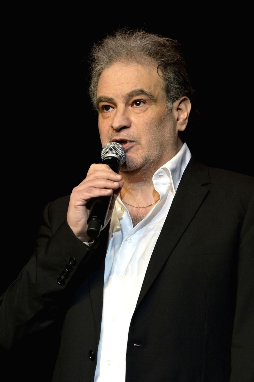 Raphaël Mezrahilors de la6e édition de la Nuit de la déprime organisée au Casino de Paris le 11 février 2019