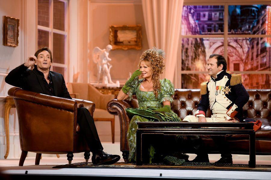 """Pierre Palmade avec Clémentine Célarié et Philippe Uchan dans """"Madame Sans-gêne""""."""
