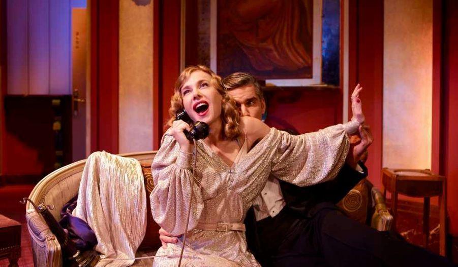 """En pleine représentation de """"Quadrille"""" (le 2 août), de Sacha Guitry, mis en scène par Bernard Murat."""