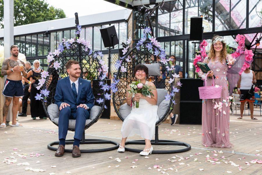 L'Allemand Thomas et la Japonaise Yumi, installés à Vienne, se sont dit oui à Tomorrowland, où ils se sont rencontrés.