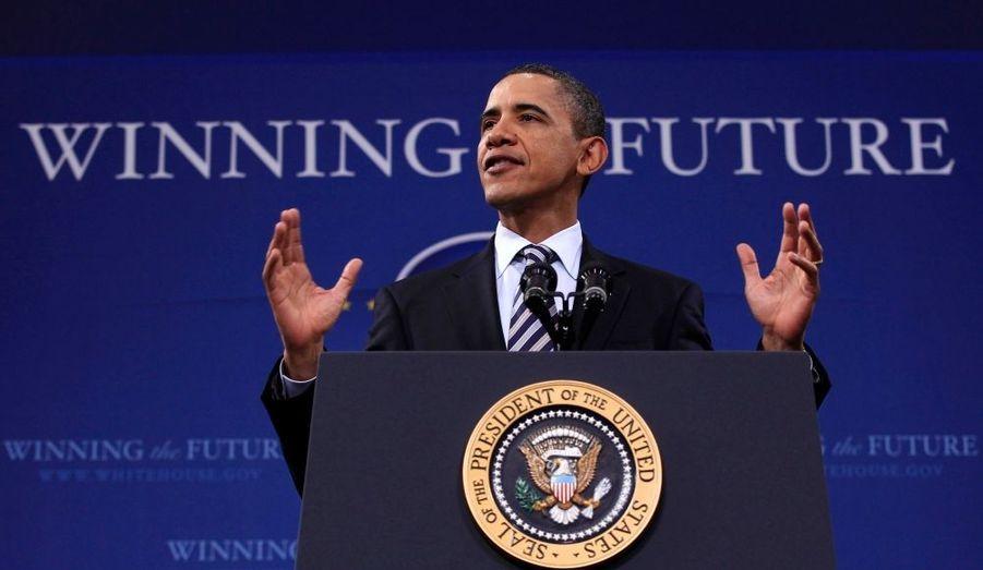 """Barack Obama a déclaré que """"les États-Unis soutiendront toujours une transition démocratique en Égypte"""". Le président américain est intervenu rapidement sur la situation lors d'un discours, rappelant que les Égyptiens voulaient """"le changement"""" - alors qu'Hosni Moubarak est dit sur le départ."""
