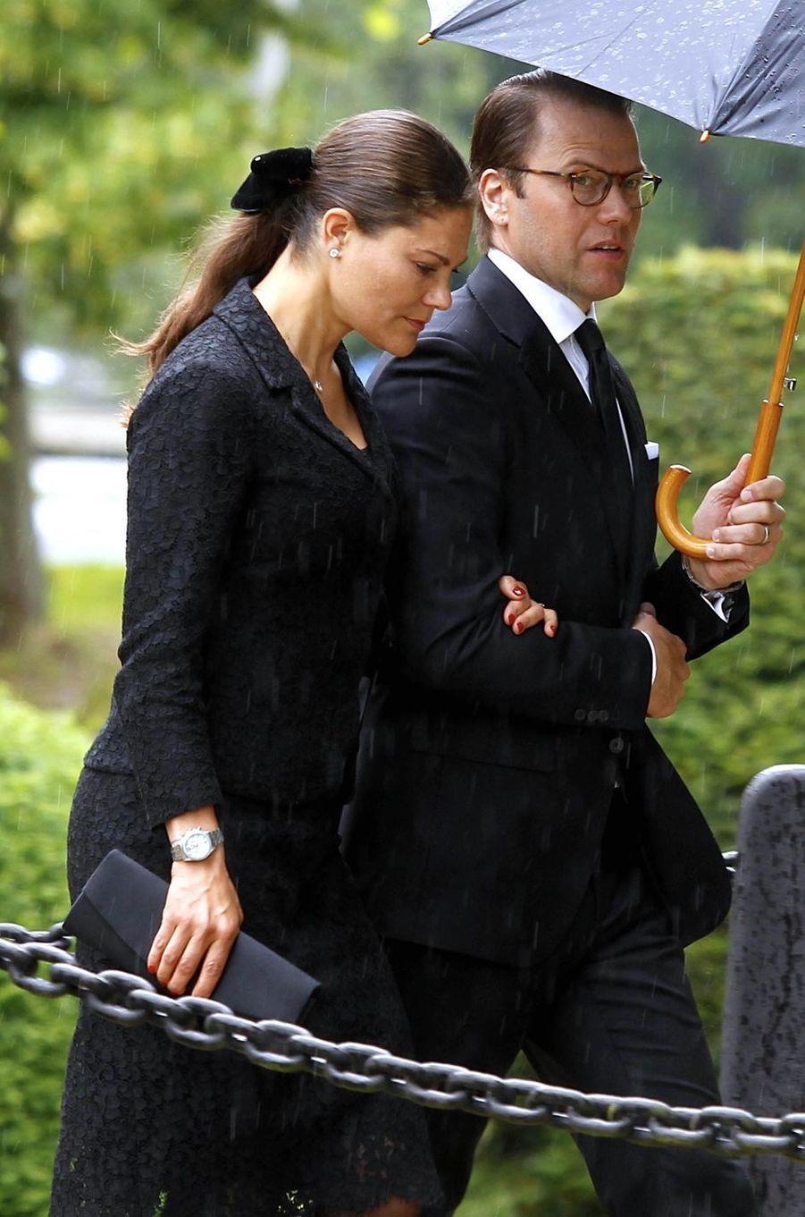 La princesse Victoria de Suède et le prince Daniel aux obsèques de la comtesse Alice Trolle-Wachtmeister à Trolle-Ljungby, le 12 juillet 2017