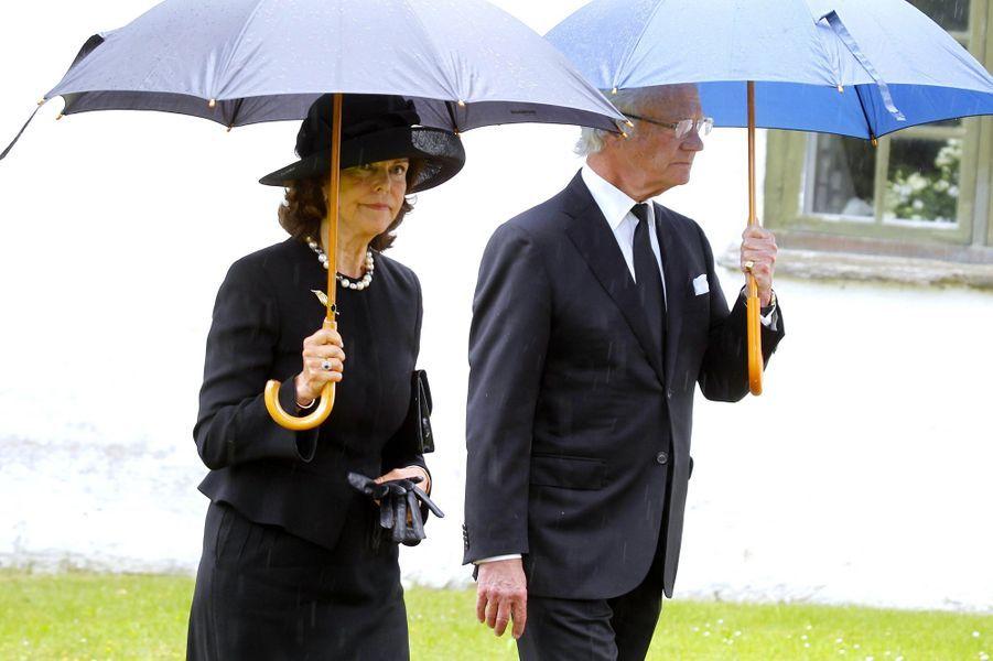 La reine Silvia et le roi Carl XVI Gustaf de Suède à Trolle-Ljungby, le 12 juillet 2017