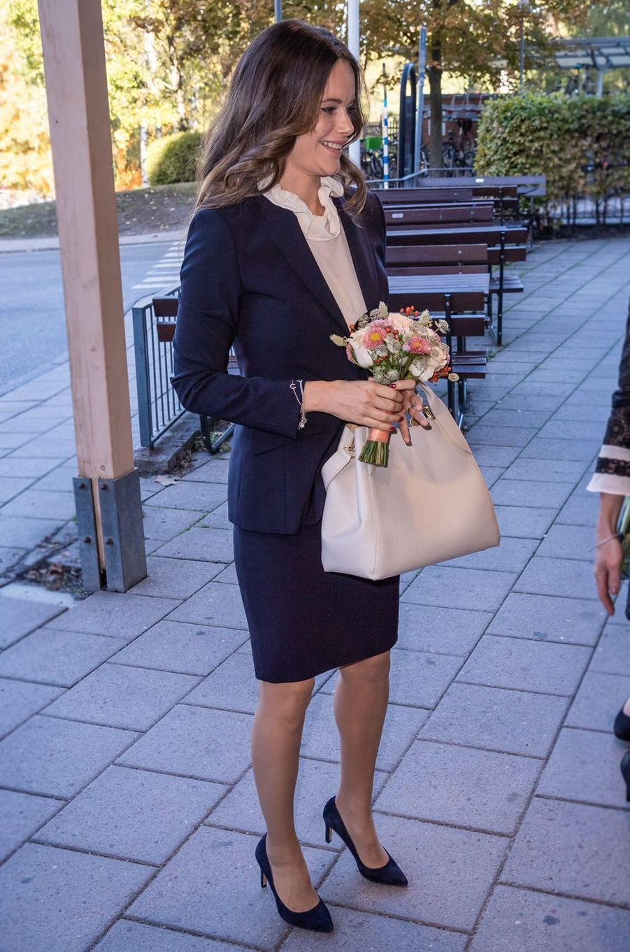 La princesse Sofia de Suède en bleu et blanc à Solna, le 5 octobre 2018