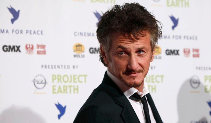 Sean Penn, au gala de charité de l'association Cinema for Peace, en marge du 61ème Festival du Film de Berlin.