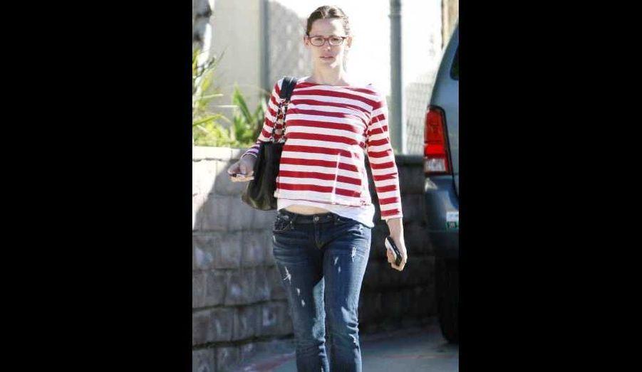 Jennifer Garner au naturel, se promenant dans les rues de Los Angeles samedi.