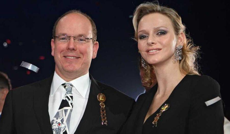 Albert II de Monaco et Charlene Wittstock au 35e Festival international du cirque de Monte-Carlo, qui se clôturera dimanche prochain avec la traditionnelle remise des prix par un jury présidé par la princesse Stéphanie.