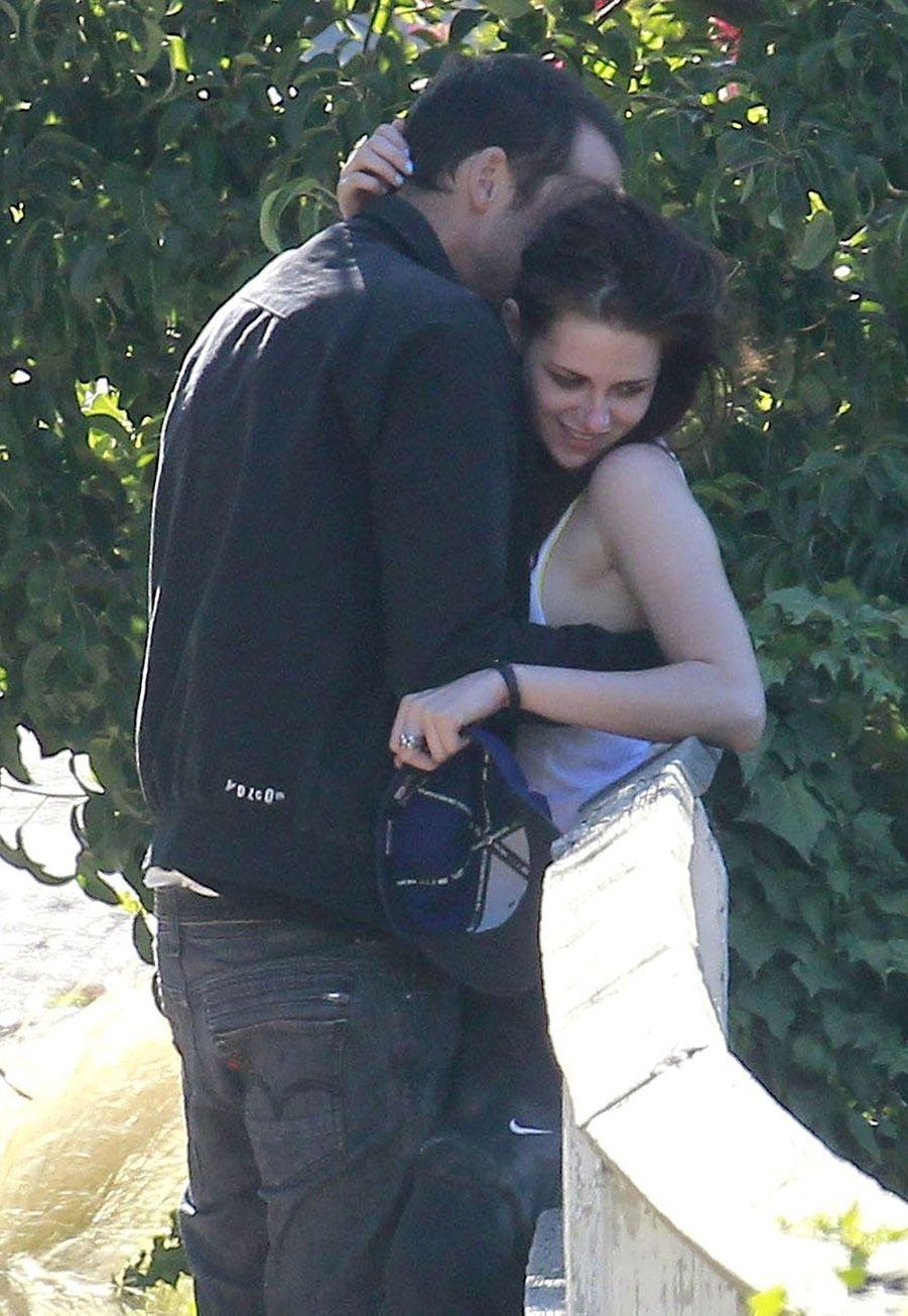 Kristen Stewart et Rupert Sanders le 17 juillet 2012 à Los Angeles.